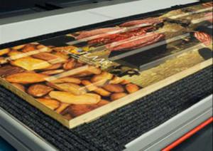 Директен печат върху плоскости и табели