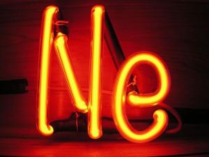 Светещи неонови букви