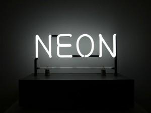 Реклама от неон
